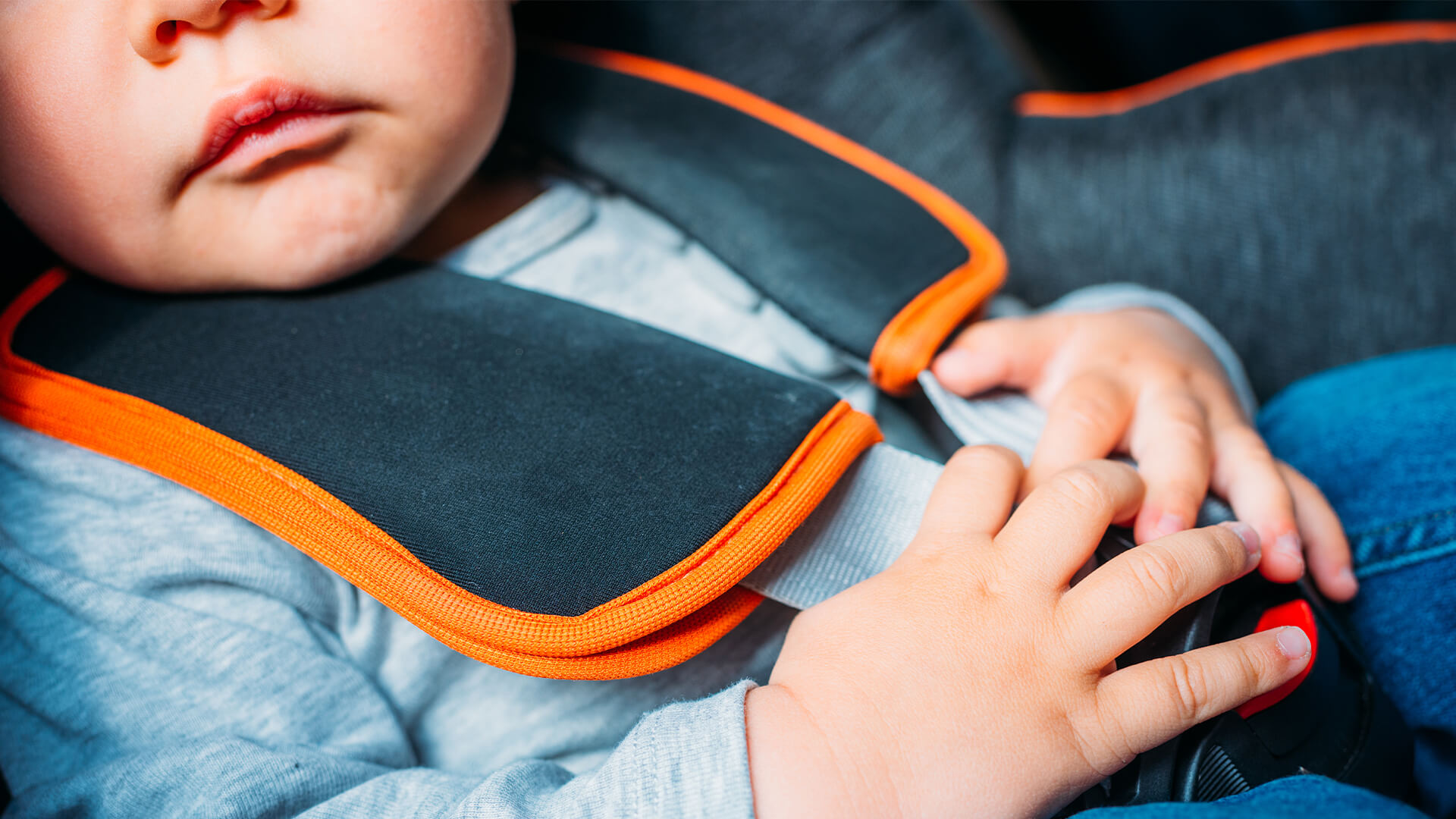 A Guide on Safely and Legally travelling with Children in a Car with Child Restraints